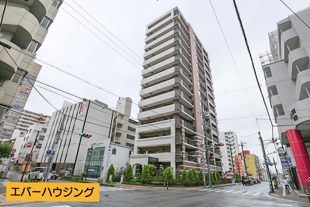2014年11月築の駅近マンション! 14階建ての12階部分です。