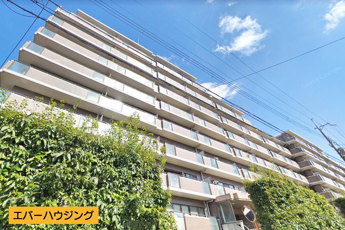 神戸電鉄有馬線「花山駅」まで徒歩4分! 3LDK+1SLDKのメゾネットタイプで2世帯も可能です♪