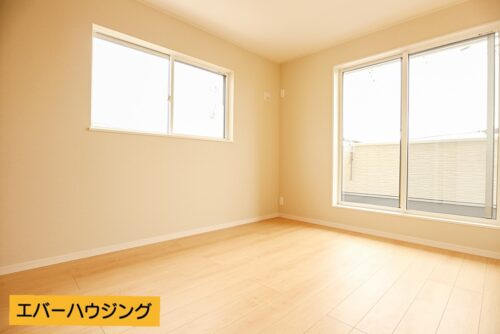 ナチュラルな内装なのでどんな家具でも合わせやすいですね。
