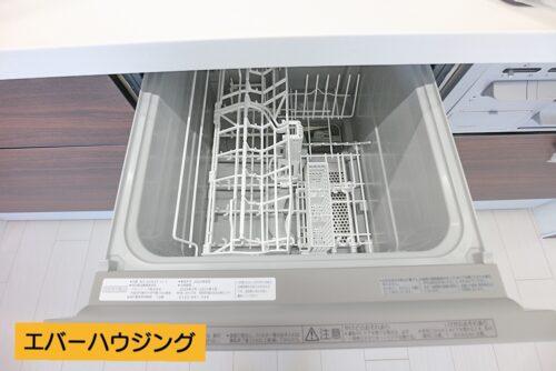 食器洗い乾燥機も付いています。