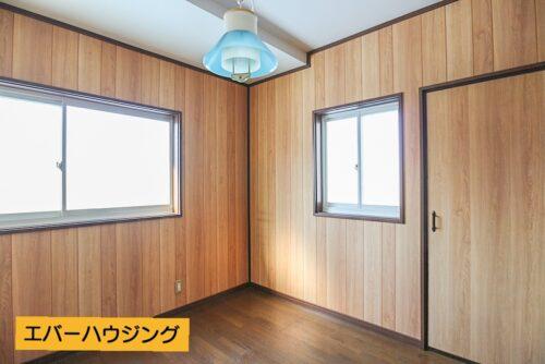 洋室6.5帖のお部屋です。お部屋には全てクローゼット収納がございます。