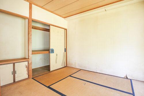 和室6帖のお部屋です。弊社にてリフォームも可能です。