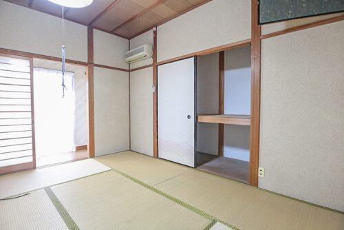 リフォーム前です。1階キッチン横の和室が、洋室のリビングにリフォーム予定です。