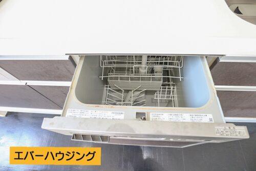 キッチンには食洗機付きです。