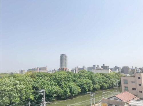 バルコニーからの眺望です(2021年5月)撮影