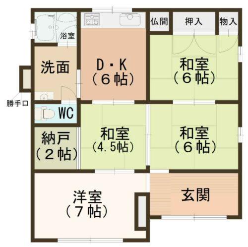 5DKの木造平屋建てです。 土地面積:165.96㎡ 建物面積:76.58㎡