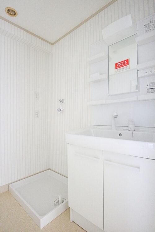 洗面台も新調済みです。(2021年4月27日)撮影