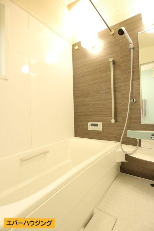浴室はリフォームにてシャワー交換済みです。