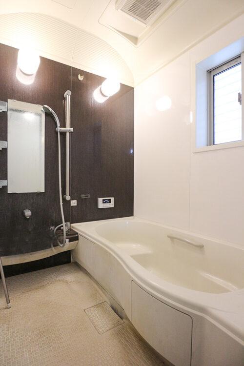 浴室は広々♪