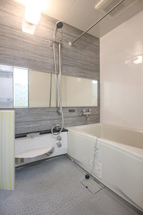 バスルームです。過去にバスルームのリフォーム歴ございます。