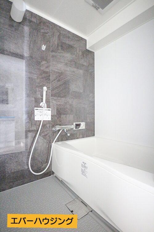 フルリフォームにて浴室は新調済みです。