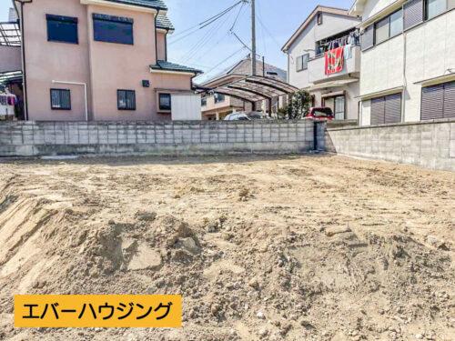 山陽電鉄「東二見」駅まで徒歩10分! 建築条件なし、現況更地です。