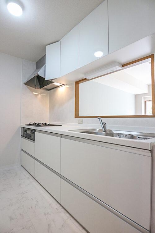 キッチン新調済みです。室内(2021年4月23日)撮影