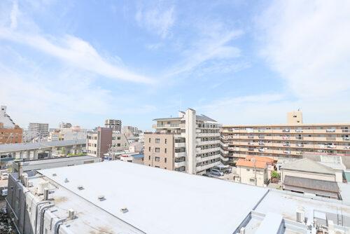 6階バルコニーからの眺望。(2021年4月27日)撮影