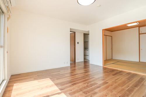 和室と合わせると広々とした空間に。